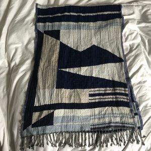 Wilfred geometric scarf